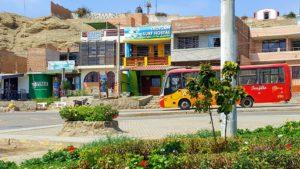 Indigan Surf Hostel Huanchaco - Bus Stop to Trujillo