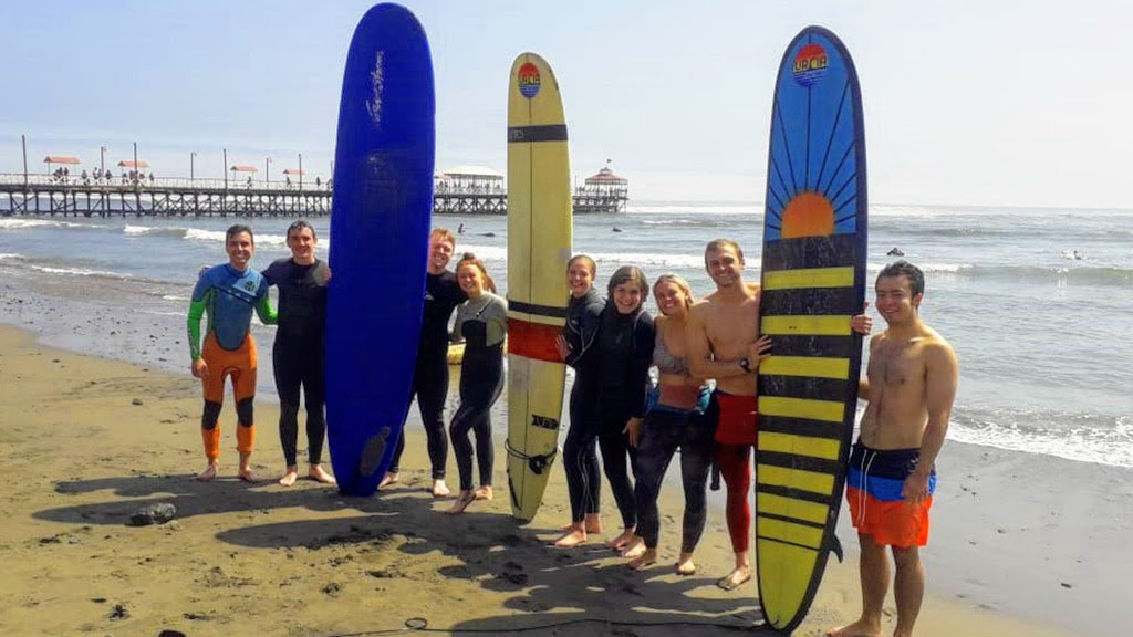 Urcia Surf School Huanchaco - Surf Camp Group Photo of Happy Surfers