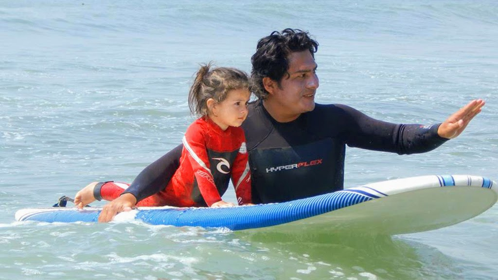 Urcia Surf School Huanchaco - Surf Lesson for Kids