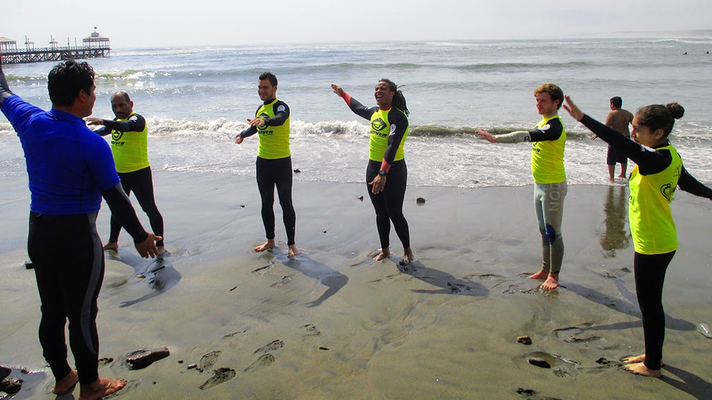 Urcia Surf School Huanchaco - Surf Warm-up